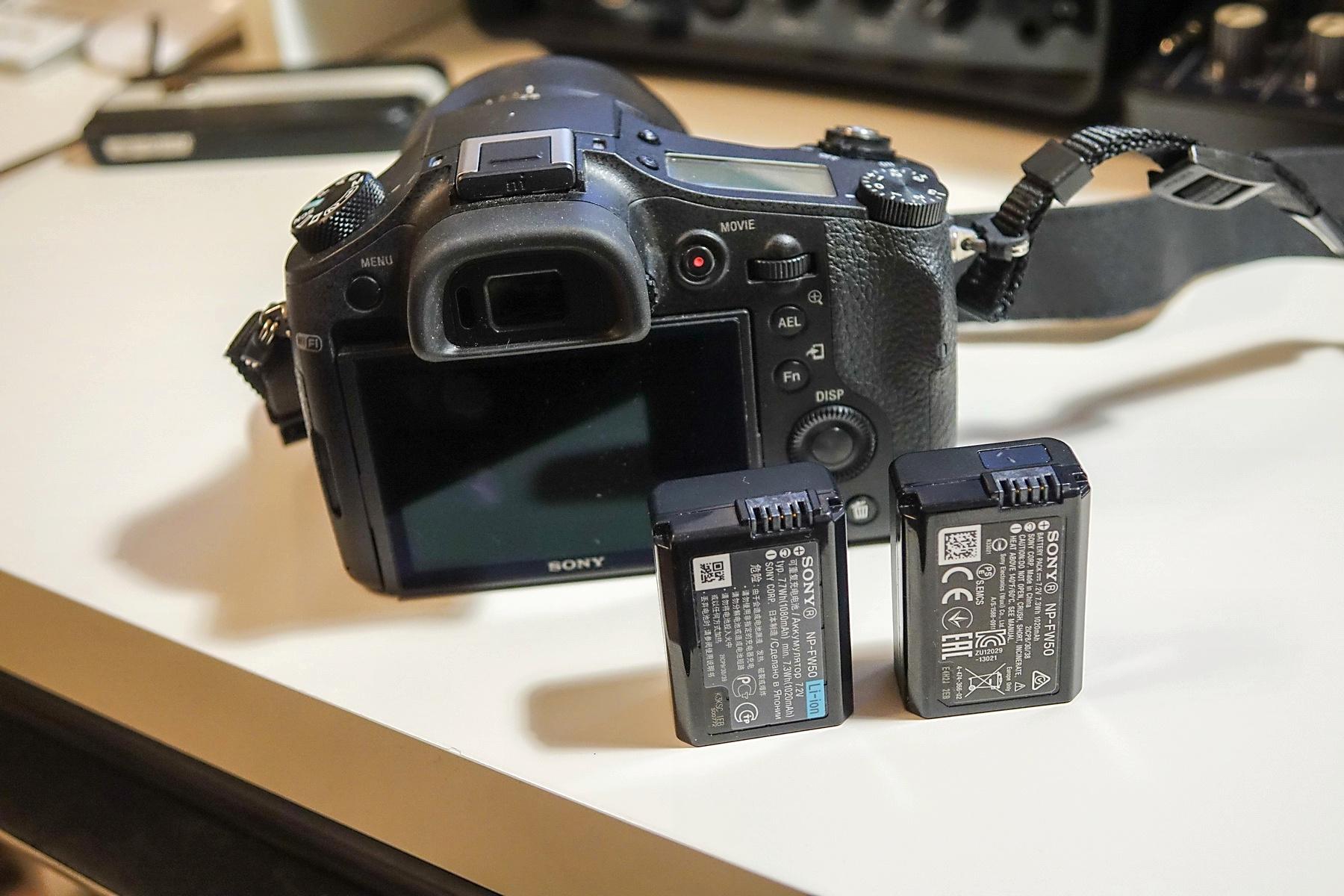 никто опросил стоит ли покупать фотоаппарат на батарейках свозил инфекционную