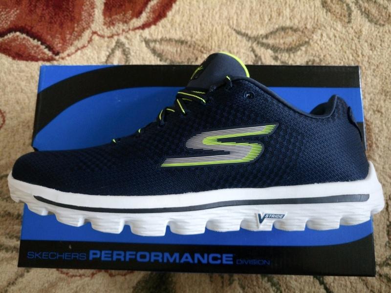 a80a1a8463ca Обзор на Кроссовки Skechers GO WALK 2 - SURGE53977 мужские, цвет  синий зелёный,
