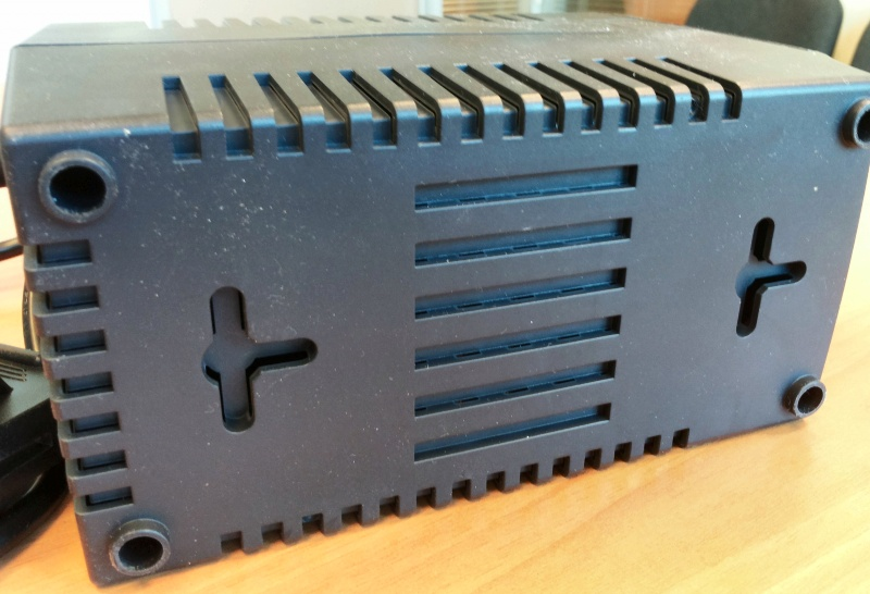 Стабилизатор напряжения APC Line-R LS1500-RS - изображение 15