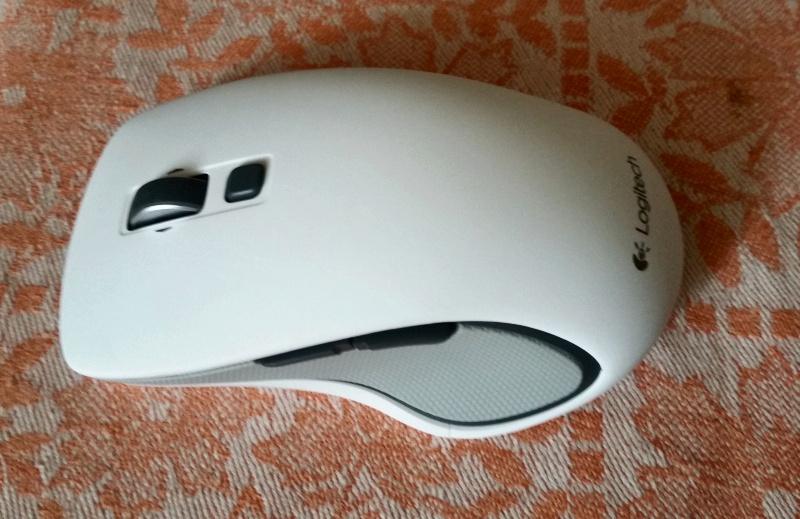bb7ab4f7c20 Обзор на Мышь Logitech Wireless Mouse M560 White (910-003914) - изображение  3