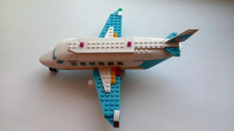 Обзор на Конструктор LEGO Friends 41100 Лего Частный самолет - изображение 6