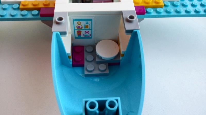 Обзор на Конструктор LEGO Friends 41100 Лего Частный самолет - изображение 8