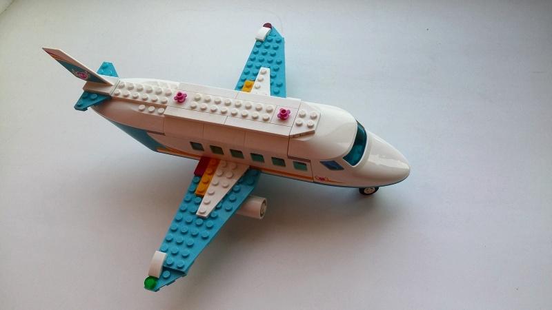 Обзор на Конструктор LEGO Friends 41100 Лего Частный самолет - изображение 13