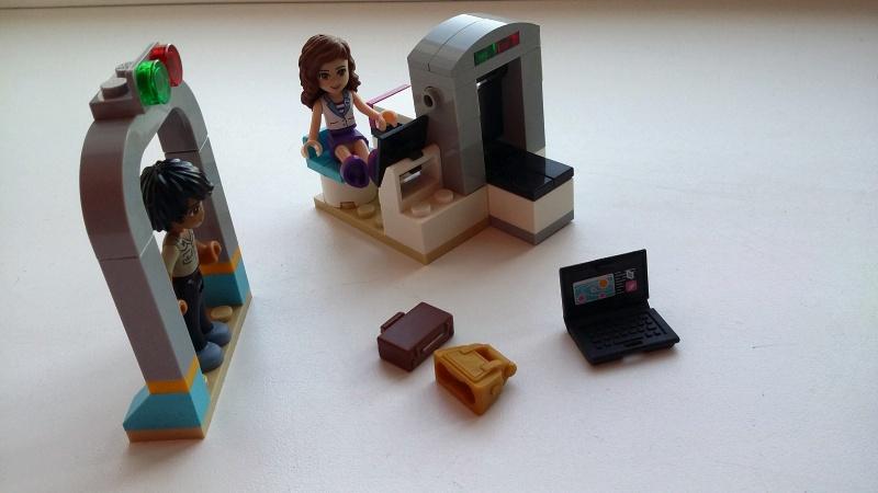 Обзор на Конструктор LEGO Friends 41100 Лего Частный самолет - изображение 14
