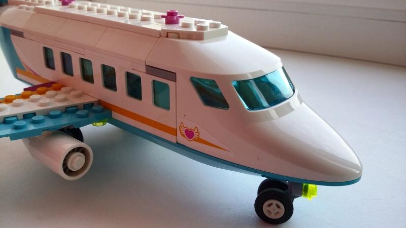 Обзор на Конструктор LEGO Friends 41100 Лего Частный самолет - изображение 4