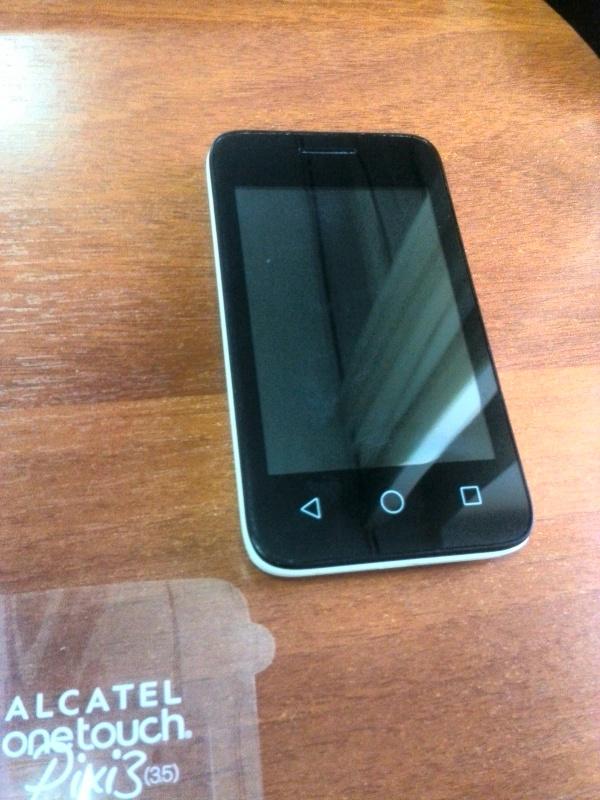 Обзор на Смартфон Alcatel PIXI 3(3.5) 4009D White Black - изображение 1