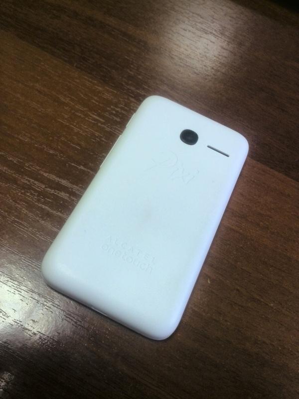 Обзор на Смартфон Alcatel PIXI 3(3.5) 4009D White Black - изображение 7
