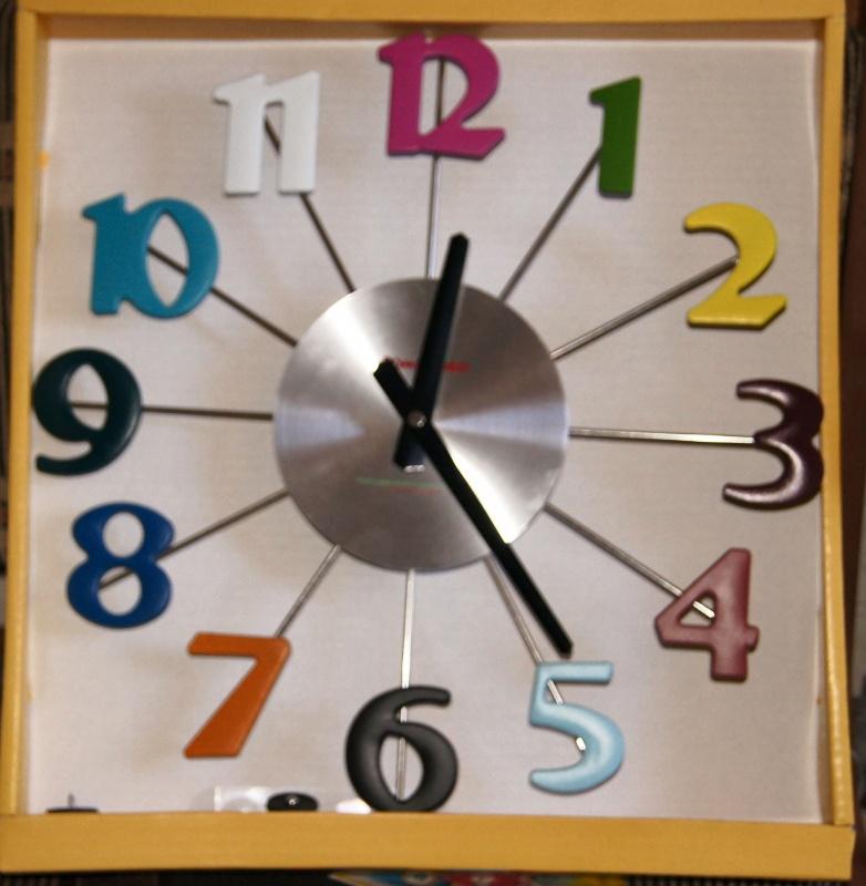 Часы настенные t3813-k