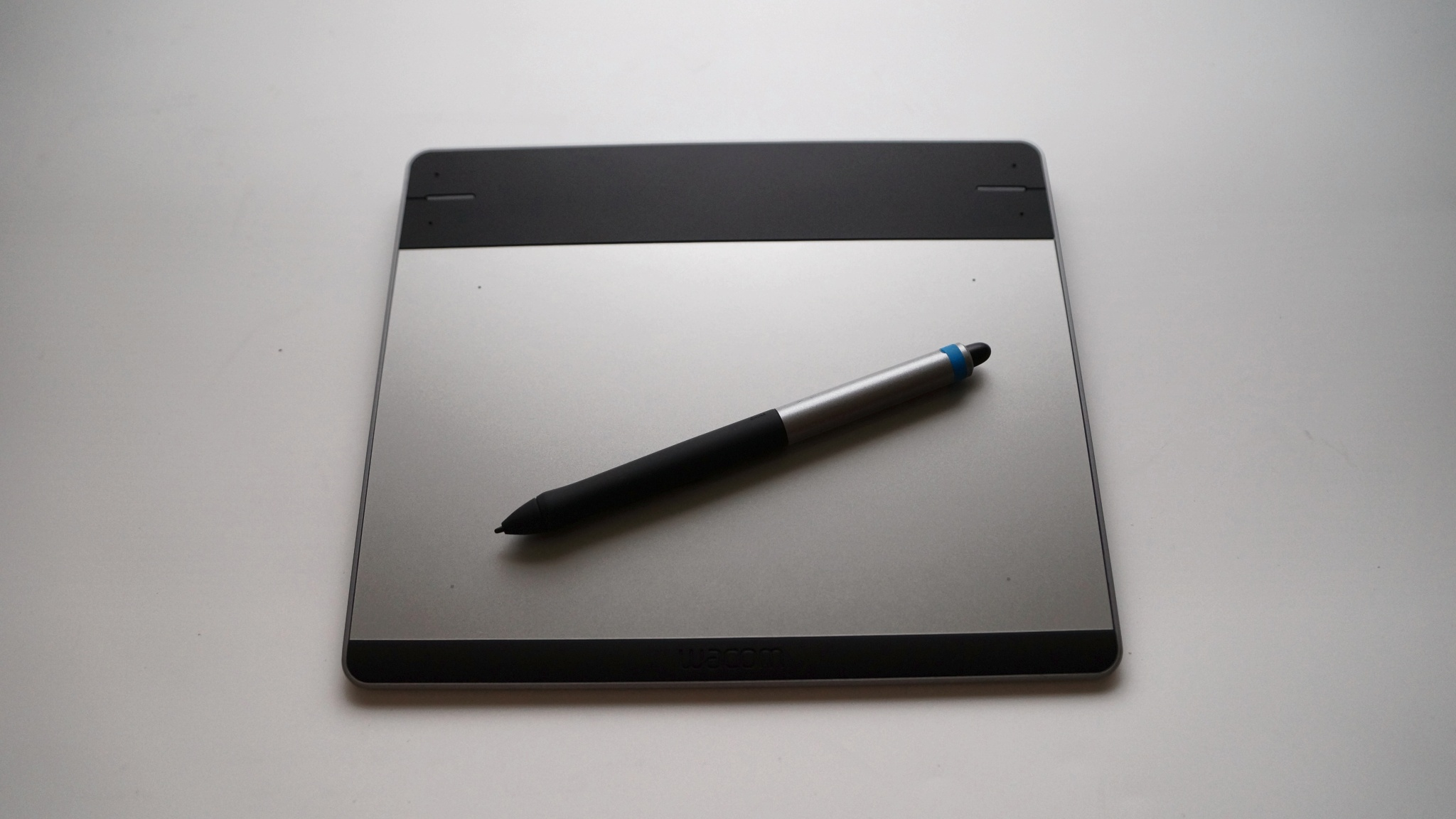 Обзор на Графический планшет WACOM Intuos Pen & Touch S (Small) w/SW