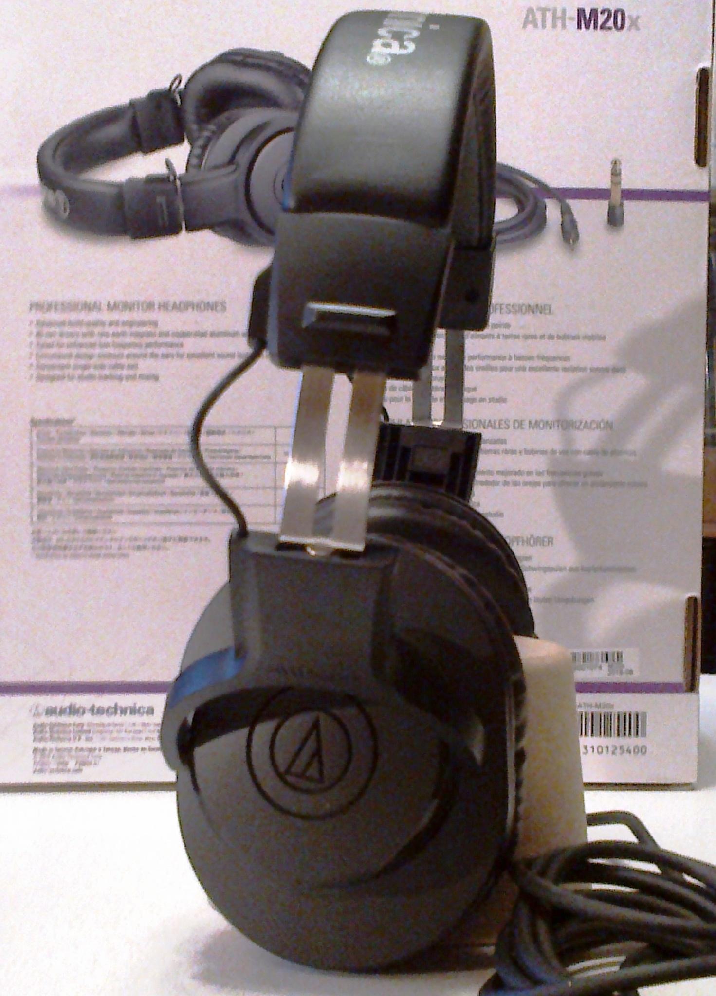 Audio Technica Ath M20x Black 3