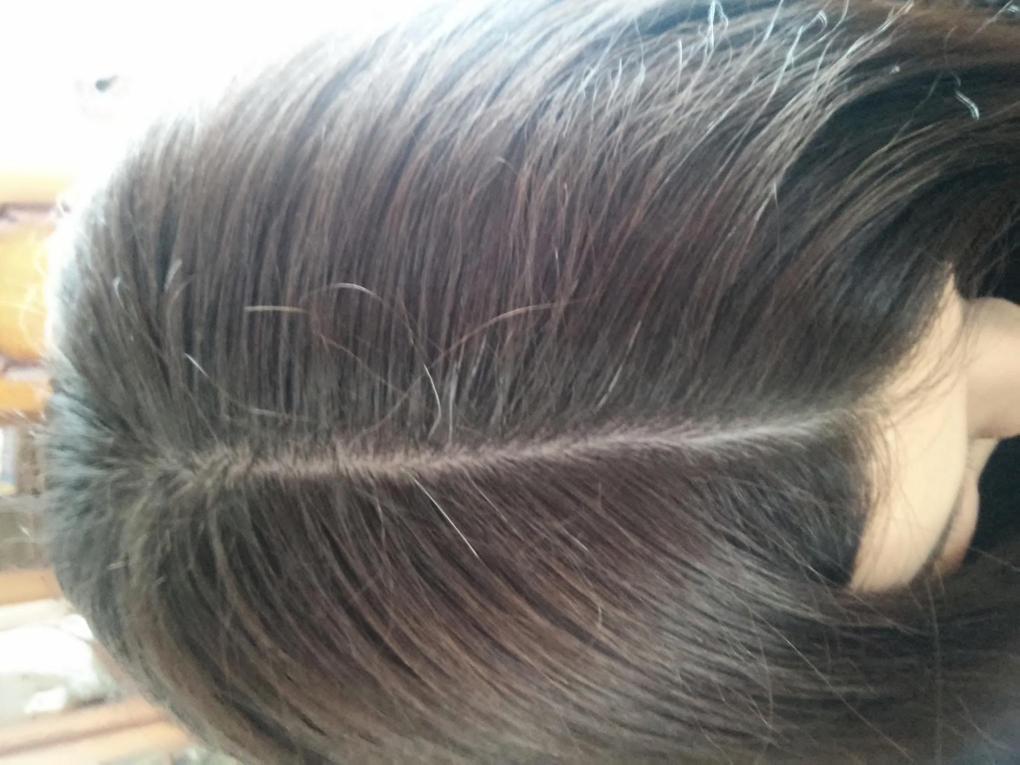 закрашивать корни волос спрей