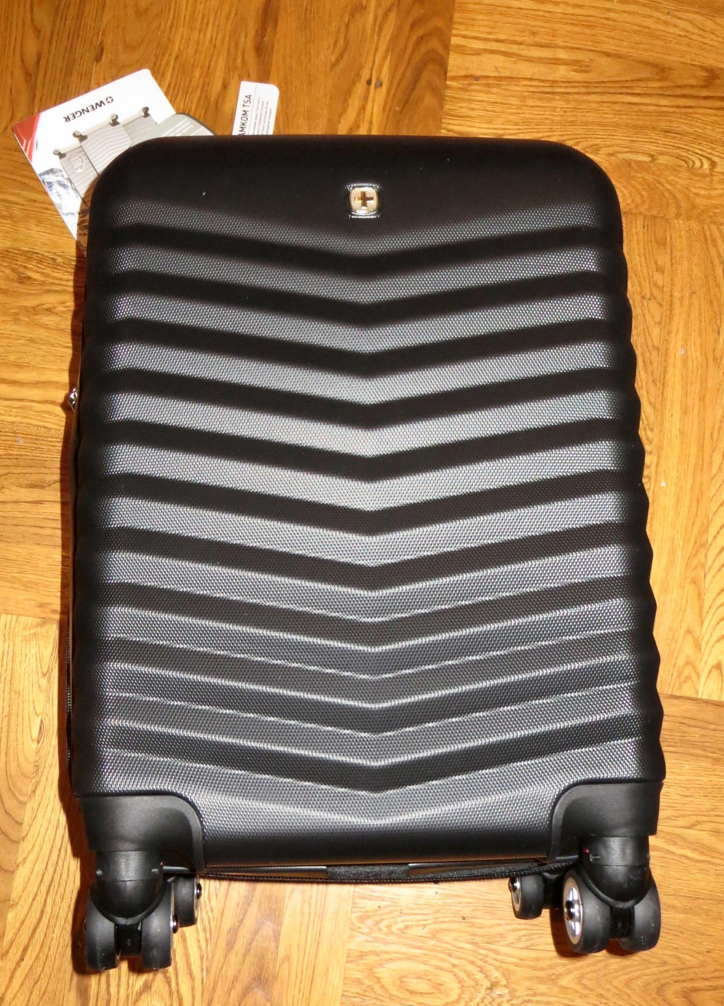 Обзор на Чемодан WENGER FRIBOURG SW32300252, чёрный, АБС-пластик, 33x23x55  см, 5ca5ae69f36