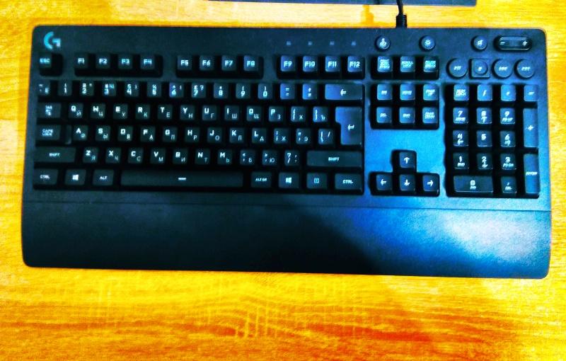 Обзор на Клавиатура Logitech G213 Prodigy Gaming Keyboard (920-008092) - изображение 1