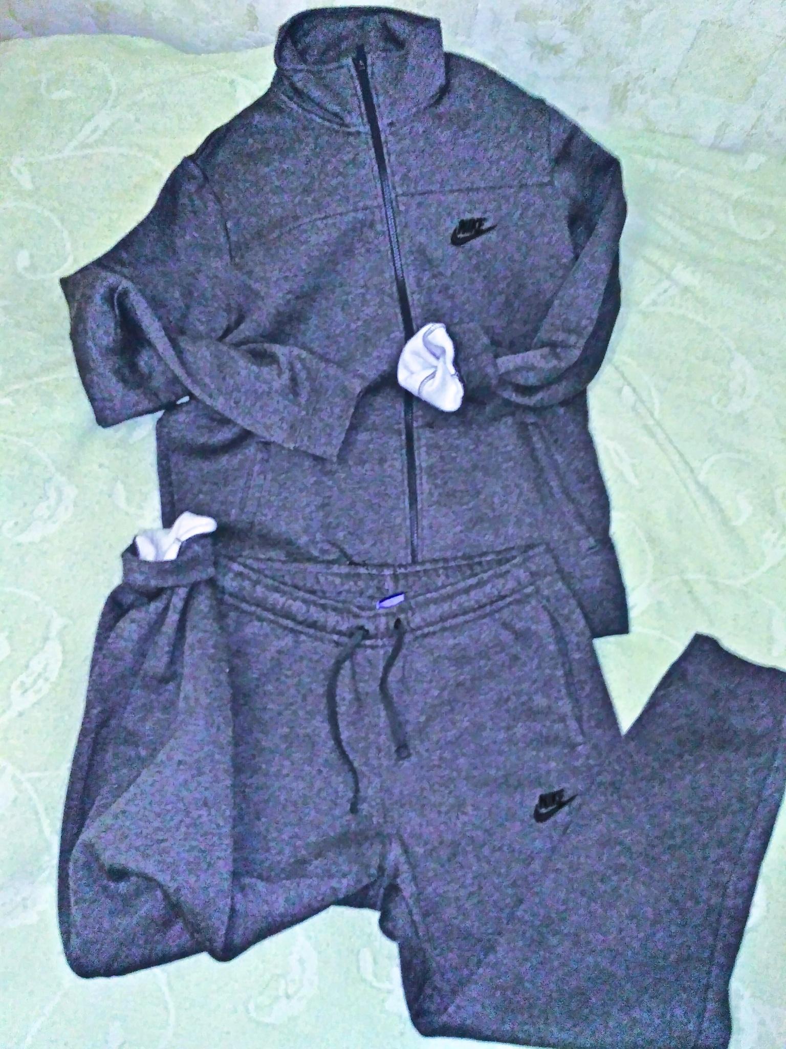 Обзор на Спортивный костюм NIKE Nsw Trk Suit 861776-071 мужской, цвет серый, d9cd2d5662e