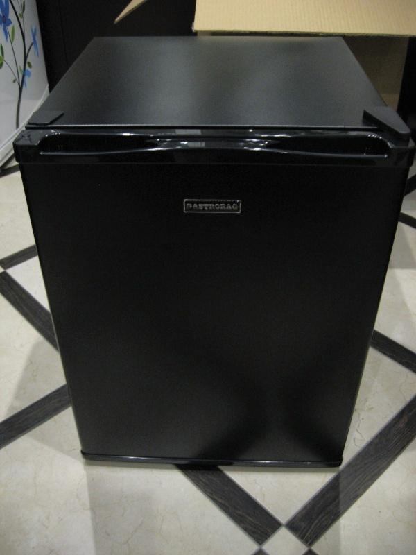 Обзор на Холодильный шкаф Gastrorag BCH-40B черный