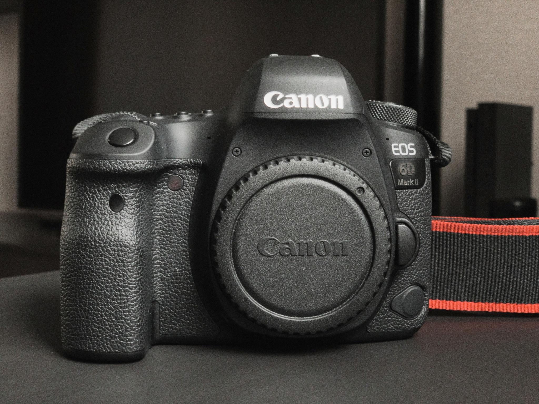 Обзор от покупателя на Цифровой зеркальный фотоаппарат Canon