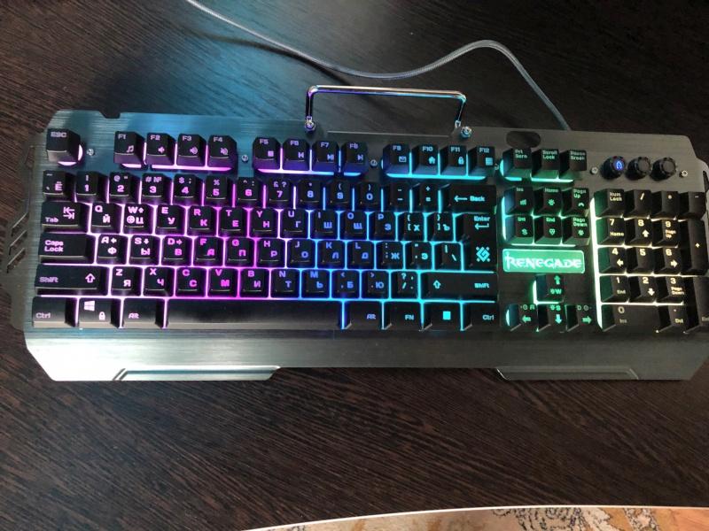Обзор на Клавиатура Defender Renegade GK-640DL RGB (45640) - изображение 1
