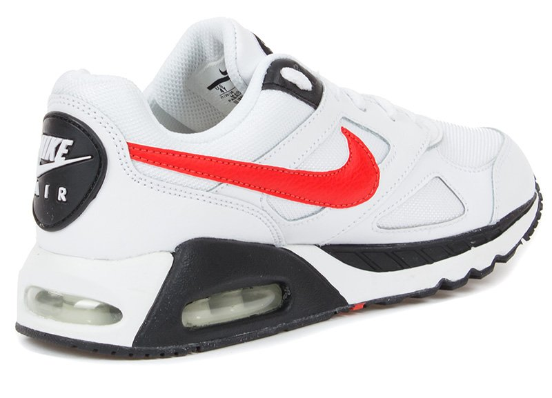 f0986d0be43f Кроссовки Nike Boys  Nike Air Max IVO 579995-101 для мальчика, цвет белый