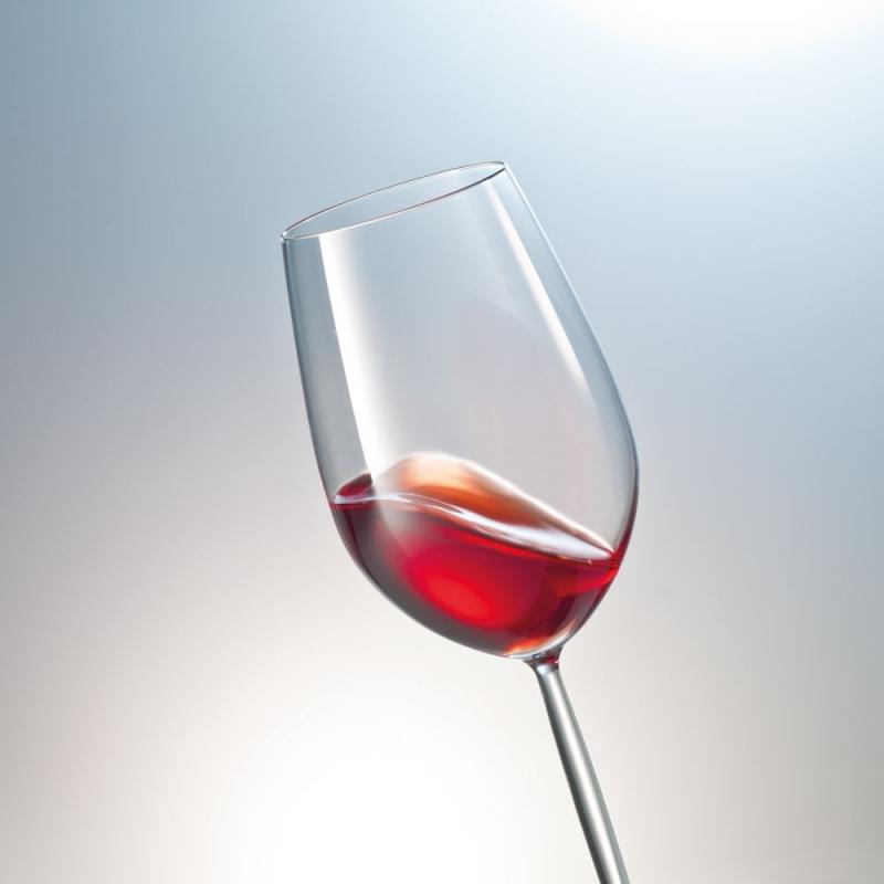 Бокал для красного вина картинка