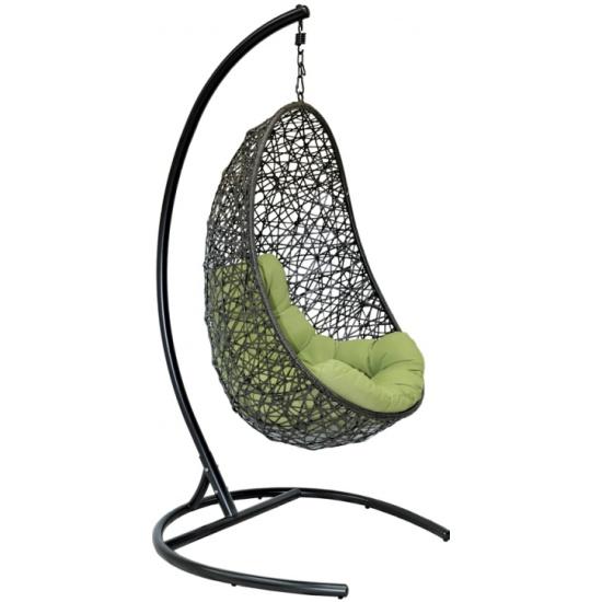 Подвесное кресло из ротанга  магазине
