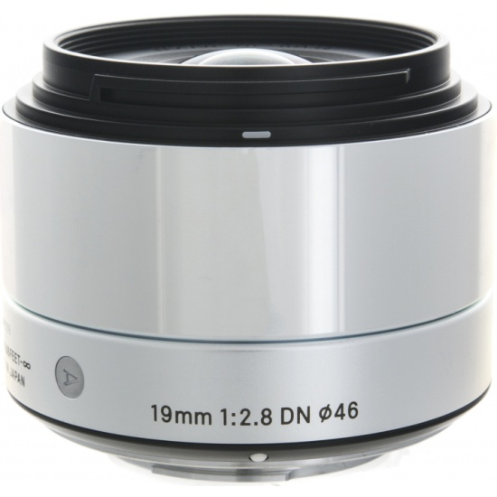 Объектив Sigma AF 19 mm F/2.8 DN ART for Micro Four Thirds Silver