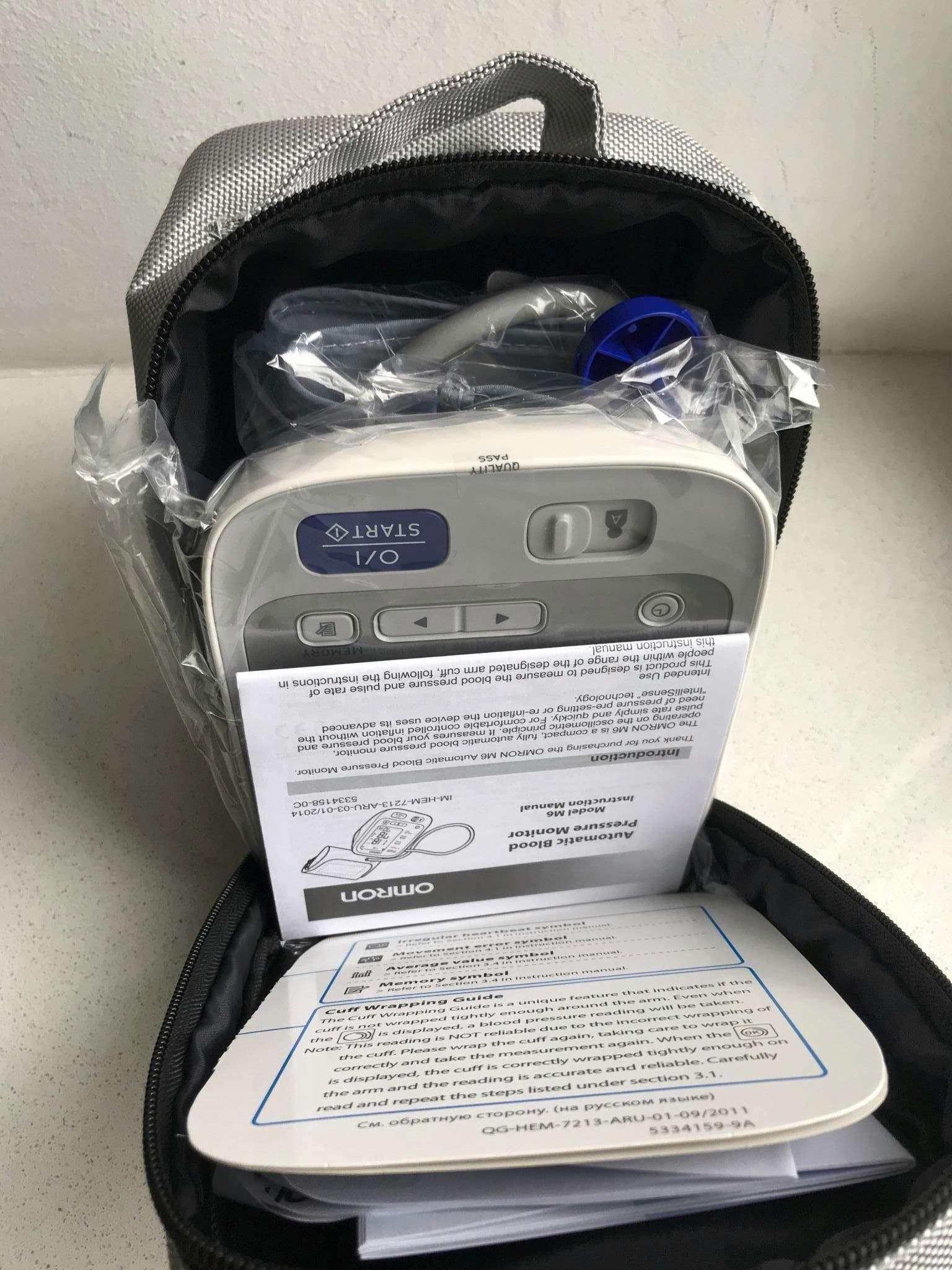 a94a6076fdbe tonometr omron m6 avtomaticheskiy adapter universalnaya manzheta hem 7213 aru 1507454568 1.JPG