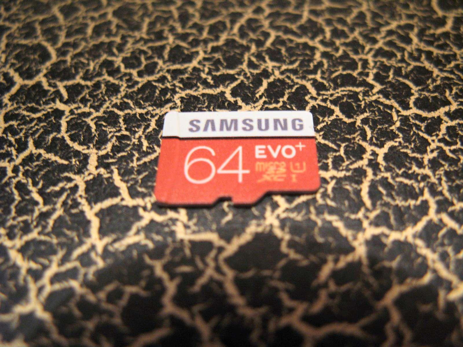 Карта памяти 64Gb - SanDisk Ultra microSDXC A1 UHS-I Class 10 SDSQUAR-064G-GN6TA с переходником под SD