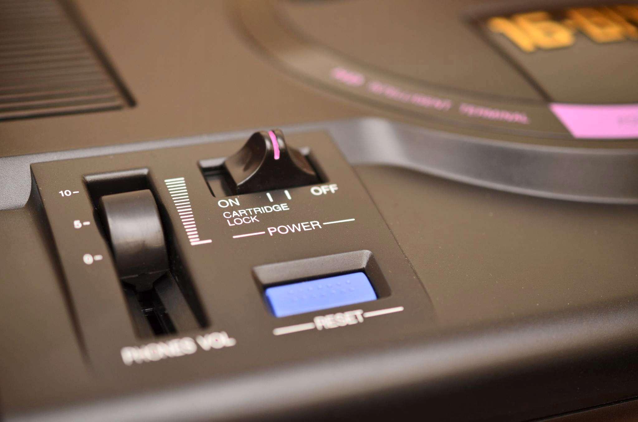 Игровая приставка SEGA Retro Genesis HD Ultra + 50 игр, чёрный