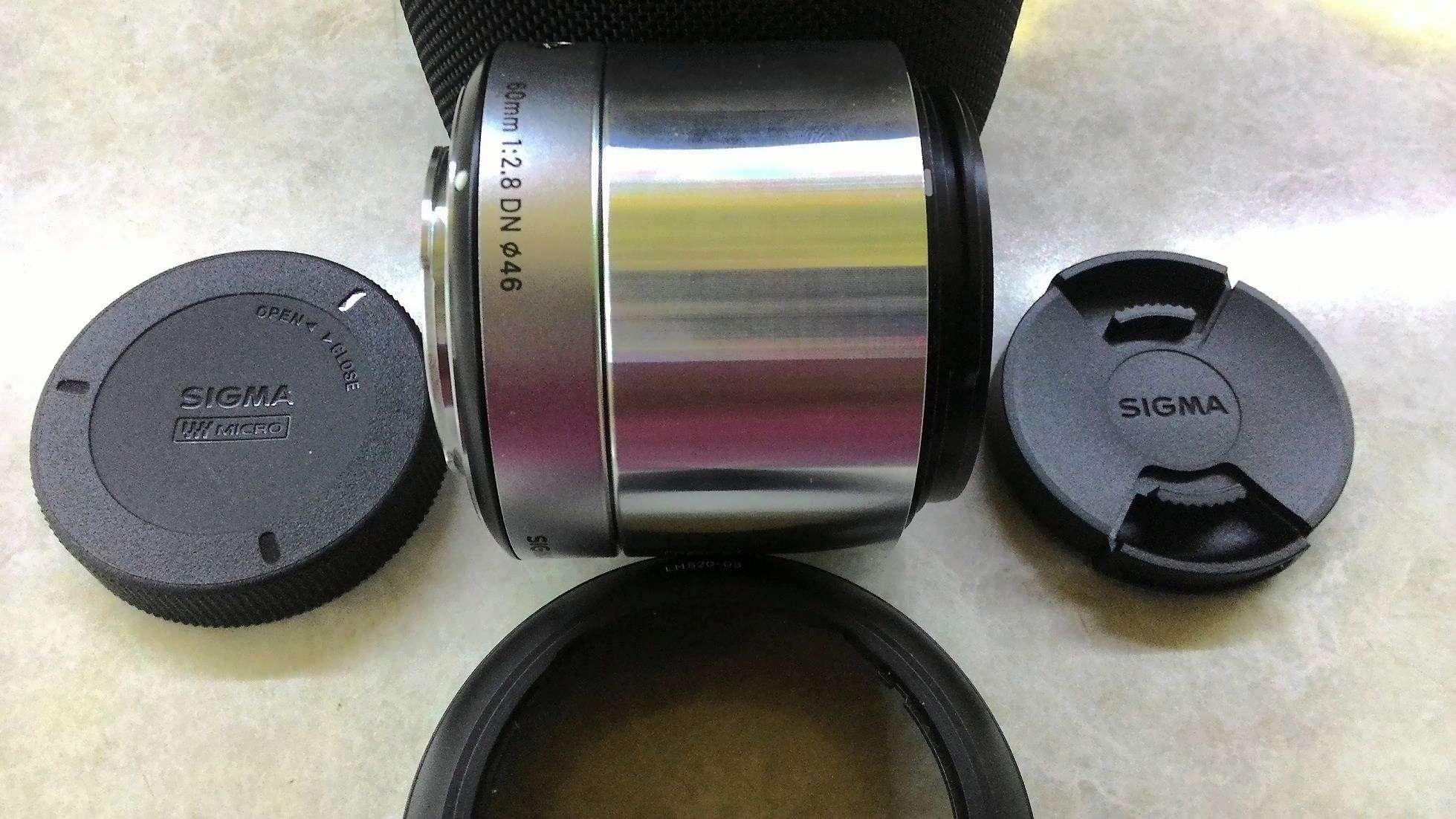 Объектив Sigma AF 60 mm F/2.8 DN ART for NEX Black