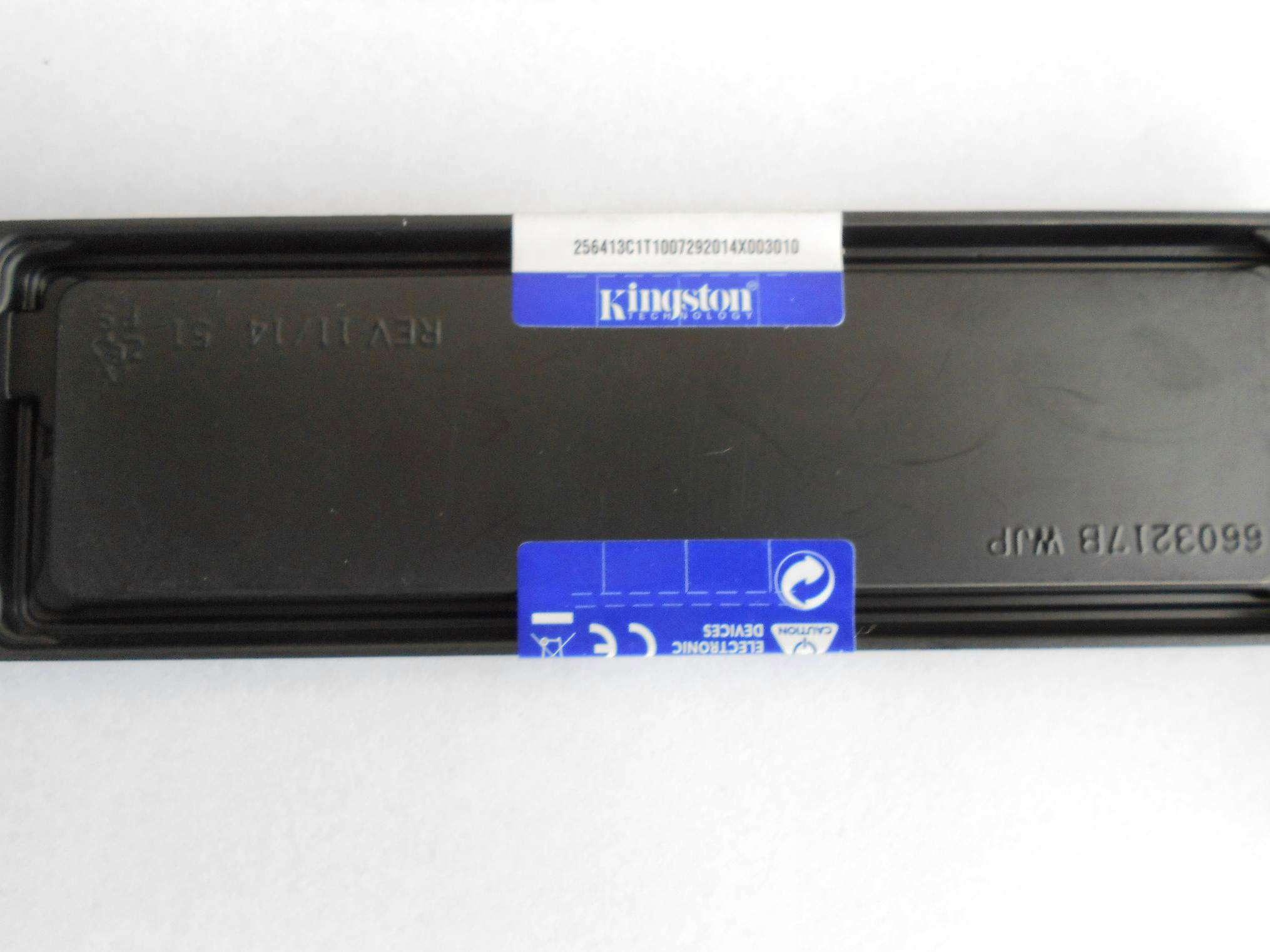 Модуль памяти Corsair Vengeance RGB DDR4 DIMM 3000MHz PC4-24000 CL15 - 16Gb KIT (2x8Gb) CMR16GX4M2C3000C15