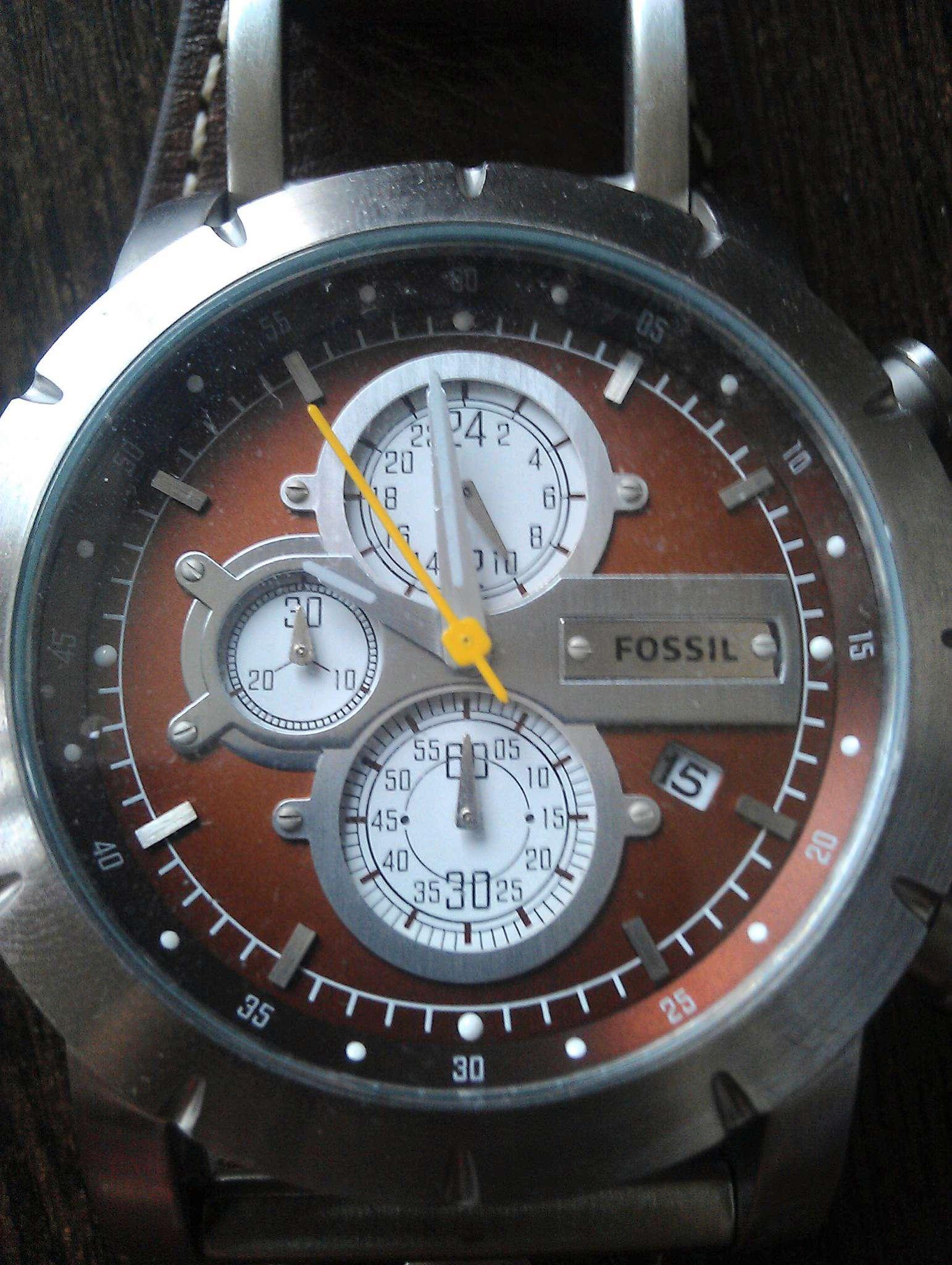 Часы наручные с крышкой над циферблатом купить
